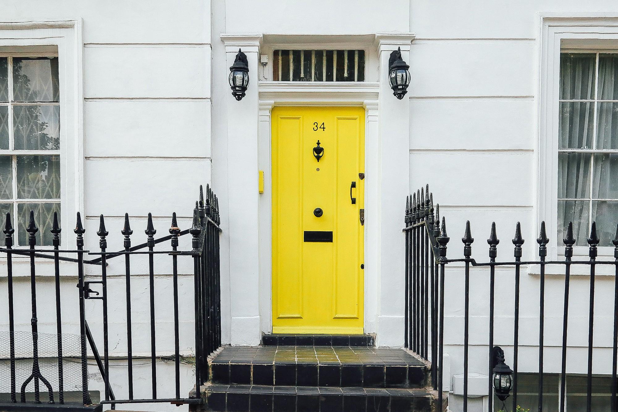 Macam-Macam Jenis Pintu Rumah 3 Dimensi