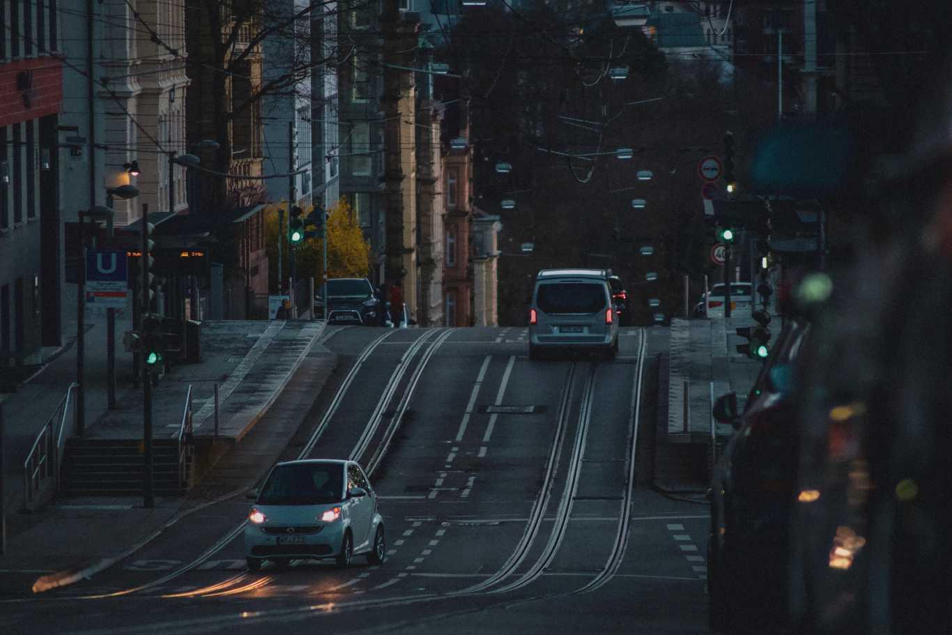 Memiliki Infrastuktur Transportasi Yang Memadai