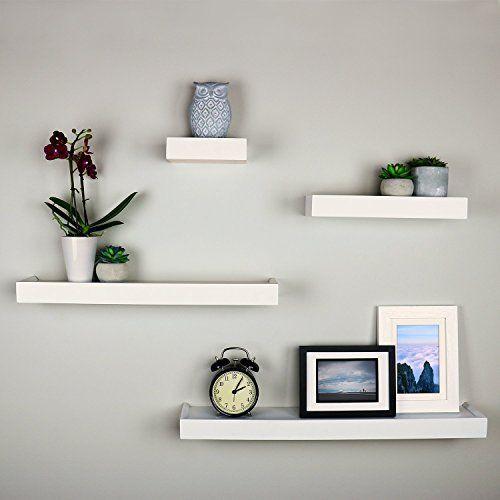 Menggunakan Furnitur Rak Dinding Minimalis