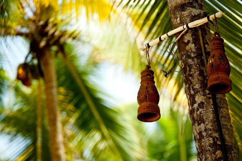 Kerajinan Tanah Liat Lampu Kebun Tradisional