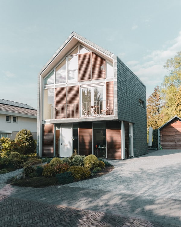 Rumah minimalis semi industrial